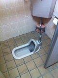 共同トイレの和式トイレ
