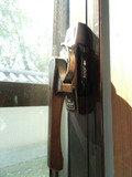窓のロック