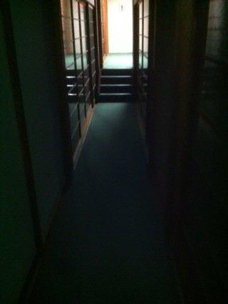 2階客室フロアの廊下