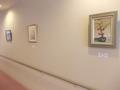 通路上の絵画展示スペースが良かったです