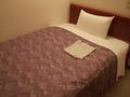シングルルームのベッド