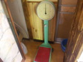 昔懐かしい体重計がありました