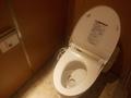 西館1F個室トイレ