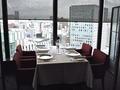 最上階のレストランは昼も夜も、札幌の景色が楽しめます