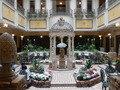 ホテルモントレ札幌 1階中庭