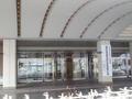 京王プラザホテルのエントランス