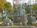 札幌駅前広場の牧歌の像