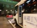 シャトルバスが便利です。