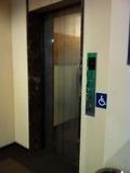 温泉のある階のエレベーター