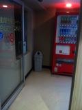 自動販売機コーナー入口