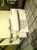 駐車場エレベーター乗り場にある館内電話