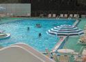 ホテルのプールにはいろいろな楽しみが・・・