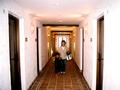 異国情緒漂う客室廊下