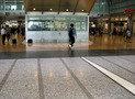 ホテルのエントランスは名古屋駅コンコース