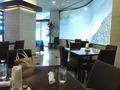 フロント階のレストラン