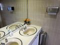 ロビー階トイレ洗面台