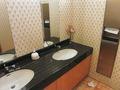 2階レストランフロアのトイレ洗面台