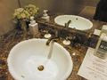 1階共用トイレの洗面台と支配人からの要請