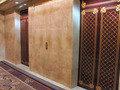 エレベーター扉の青海波模様