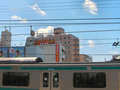 綾瀬駅から見た国際ホテル