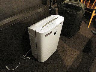 客室内空気清浄機