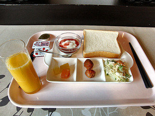「無料」の朝食