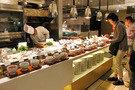 「武蔵」でブッフェスタイルの夕食