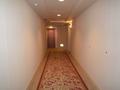 ホテルの廊下は・・・