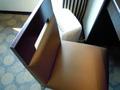 デスクの椅子です。