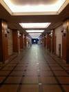 ロビーから続く廊下