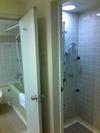 室内風呂とシャワー