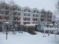 スキー場側からの外観