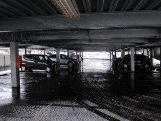 立体駐車場の様子