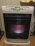 部屋の暖房機の様子