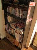 共同エリアにある書庫の様子