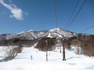 ホテル近くのスキー場(いいづなリゾート)の様子