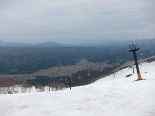 宿近隣のスキー場(春スキー)の様子 その2