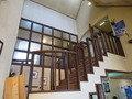 2F客室への階段の様子