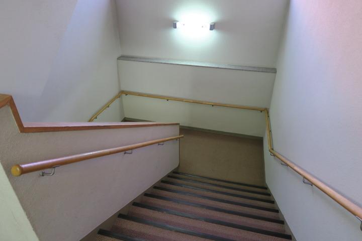 ホテルの階段の様子
