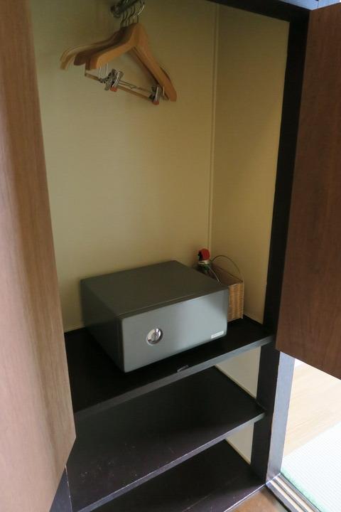 棚とセキュリティーボックスの様子