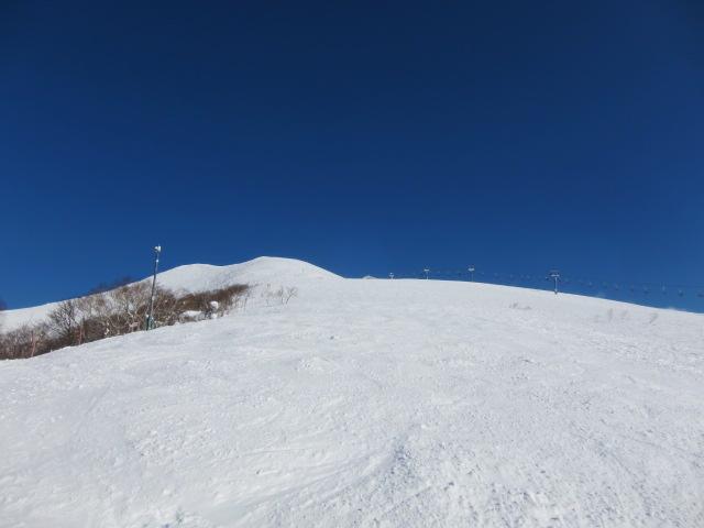 ホテル近くのスキー場の様子
