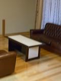 湯仙峡4階のソファー