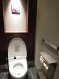 クローク近くのトイレ その3