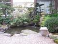 玄関先の庭