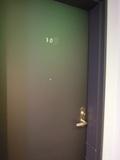 部屋のドア(廊下側)