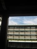 大倉集古館内から見た本館