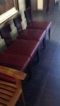 フロント横の椅子