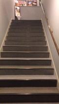 階段移動のみ