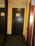 部屋の入り口方向