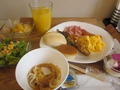朝食は何と・・・